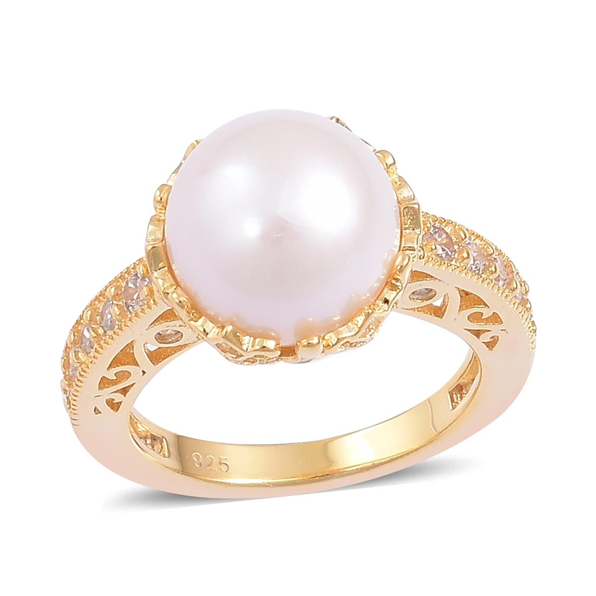 Shop Edison pearl rings.