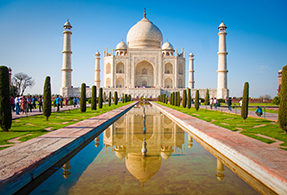 India landscape, Taj Mahal monument.