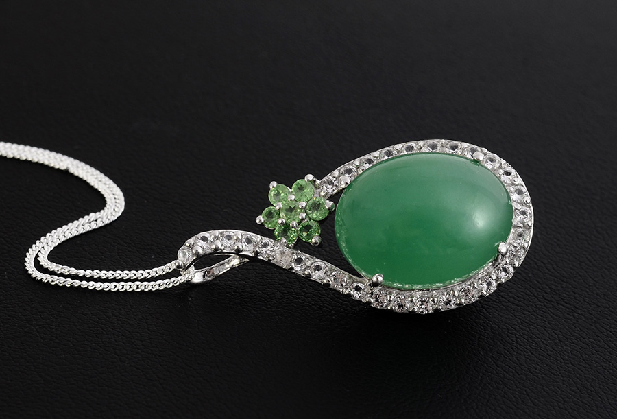 Emerald Quartz Stone Meaning Properties Value Amp Jewelry