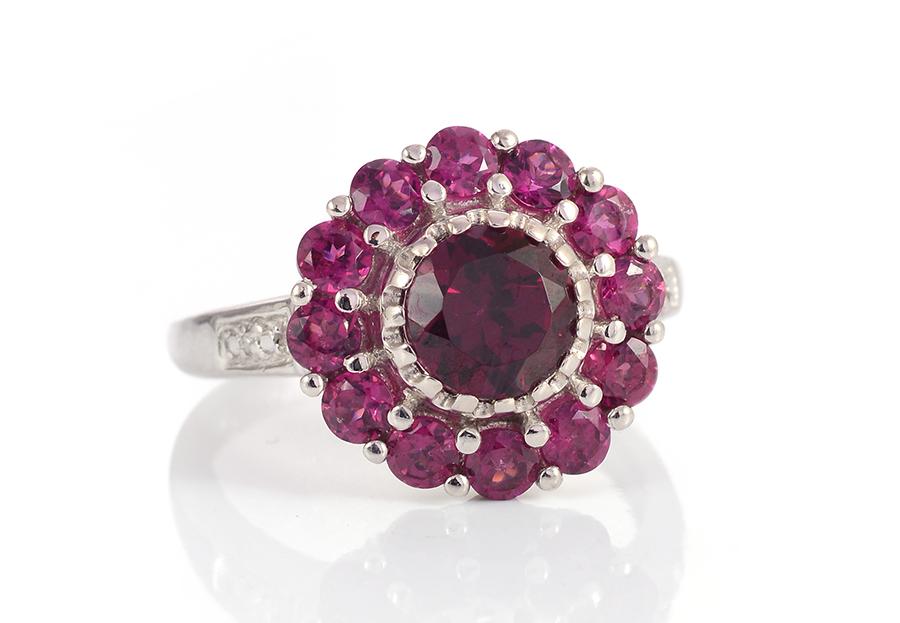 Rhodolite Garnet Gemstone Value Meaning Properties